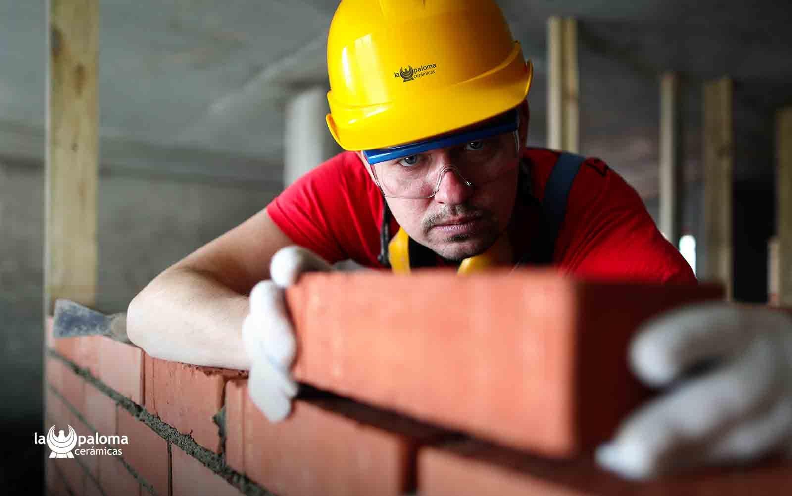 La resistencia y durabilidad son la esencia de los ladrillos no vistos